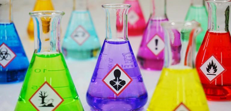 Kennzeichnung chemischer Produkte gemäß der CLP-Verordnung
